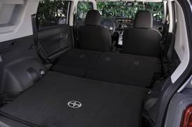 Scion_xb_interior